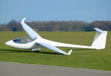 Microlight activity on airfield